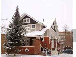 ALL INCLUSIVE Large 3-bedroom in Central Downtown Kitchener