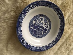 Willow patterned dish set Comox / Courtenay / Cumberland Comox Valley Area image 3