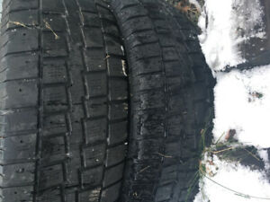 215 70 16 winter tires in good condition