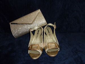 Gold colored shoes+clutch