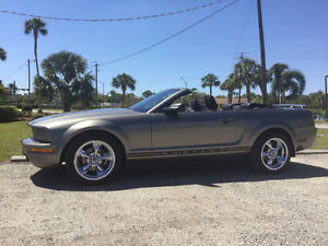 2005 Ford Mustang 6 Cylinder Convertible