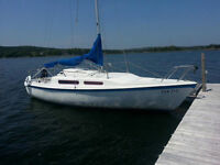 25' McGregor Sailboat