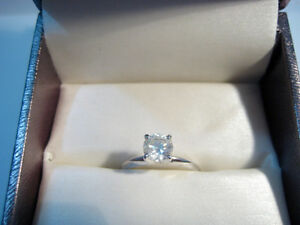 New 0.90 Diamond Solitaire Ring