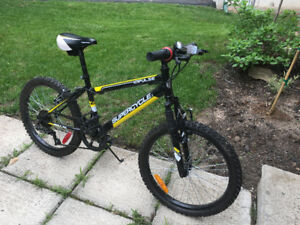 MTB Super Cycle Impulse Youth Mountain Bike Black/Yellow
