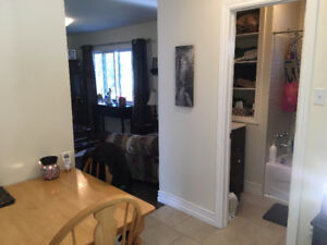 Oct 1st - 2 Bedroom Upper Flat in House - Cole Harbour
