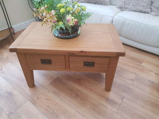 Tremendous Oak Coffee Table In Droitwich Worcestershire Gumtree Uwap Interior Chair Design Uwaporg