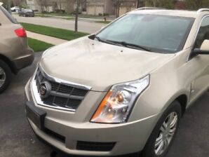 **** WOW**** Affordable Luxury Cadillac SRX No accidents