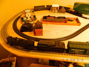 Lionel and Bachman Trainset on table. $500 obo Peterborough Peterborough Area image 1
