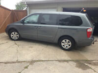 2009 Kia Sedona LX Minivan, Original Owner, Safetied
