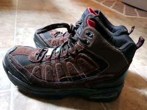 Size 10 Work Boots Steel Toe and Oil Resistant