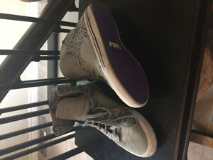 Great condition Supra shoes