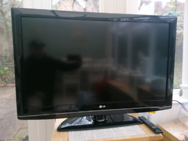 Lg 42 inch flat screen /Freeview Tv