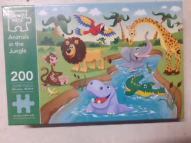 200pcs Animals in the Jungle Jigsaw Puzzle