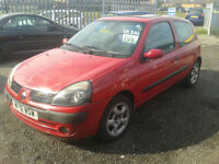 2001 Renault Clio 1.2 16v ( NOW £599 ono TO CLEAR )