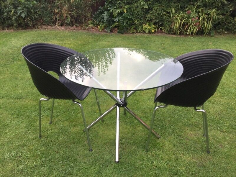 NEW & BOXED CIRCULAR TABLE & 2 CHAIRS