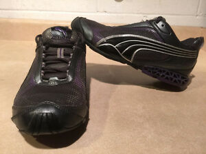 Women's Puma Cell Running Shoes Size 9.5 London Ontario image 1