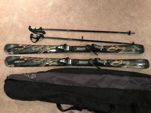 Women's Ski Set - Like new Elan skis, bindings, Poles, bag