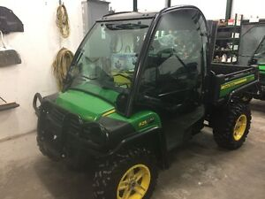 1- 2014 LOADED JOHN DEERE GATOR 825i