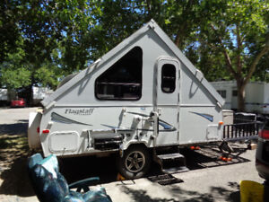 Flagstaff Classic Hardside Pop-Up Camper