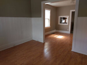 COZY 2 BEDROOM!!  CENTRAL LOCATION!   VERY AFFORDABLE