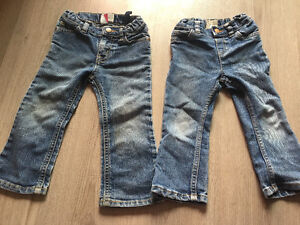 jeans fille 2 t children place 8$/2