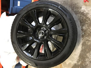 Range Rover Sport Winter Tires and rims 275/45 R21