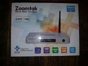 BRAND NEW ZOOMTAK H8PLUS ( QUADCORE)  ANDROID TV BOXES !!