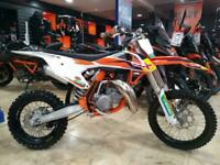 KTM 85 SX Small Wheel Moto Cross 2017MY - Factory graphics - Very Low hours.