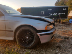 1998 Bmw 540i (parts only)