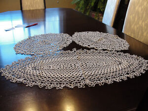 Set of 3 white lace doilies NEW  (never used) Kitchener / Waterloo Kitchener Area image 1