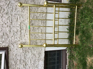 4 Post Single Brass Bed & Frame