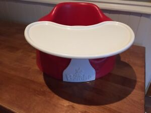 Bumbo chair with removable table (red)