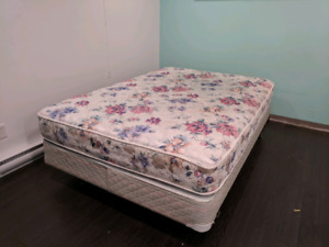 Double bed, box spring and bed frame