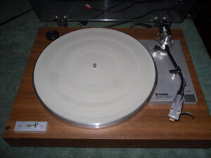 Yamaha and Technics turntables