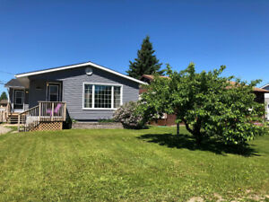 Beautiful, updated home in Geraldton, ON - A Must See!