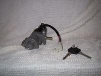 Vespa Ignition Switch Set / Kit de démarage pour Vespa