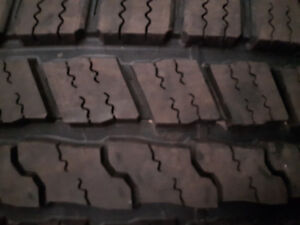 4 GoodYear Wrangler Tires 275/60R/20