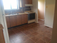 Bells Corner Town Home, July, excellent location wurth to see.
