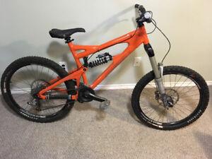Santa Cruz VP Free Bike Orange Large - Mint