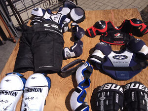 Équipement de hockey junior