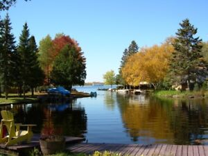 CHARMING & COZY FENELON FALLS WATERFRONT - NOW BOOKING FOR 2018