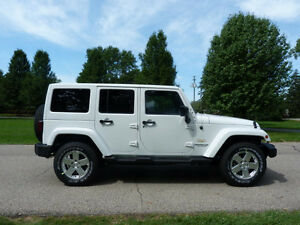 2014 Jeep Wrangler Unlimited Loaded