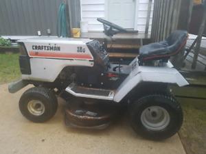 """Riding lawnmower 12 hp, 38"""" Craftsman"""