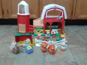 Fisher Price Animal Sounds Barn