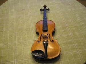 1920S STAINER VIOLIN