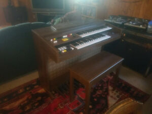 Yamaha Electone - Moving, must go!