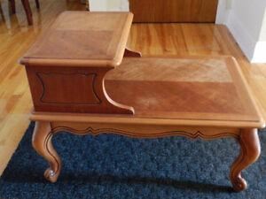 Table de téléphone (Antiquité)