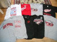 DETROIT RED WINGS HOCKEY T-SHIRTS