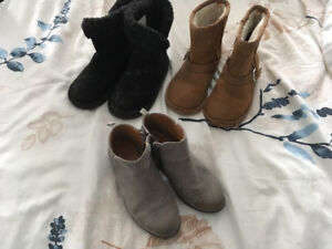 Girls boots size 11-12