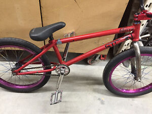 "Stolen Cherry FRAME ONLY 20.6"" top tube 4.2LBS"